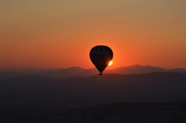 mongolfiera tramonto