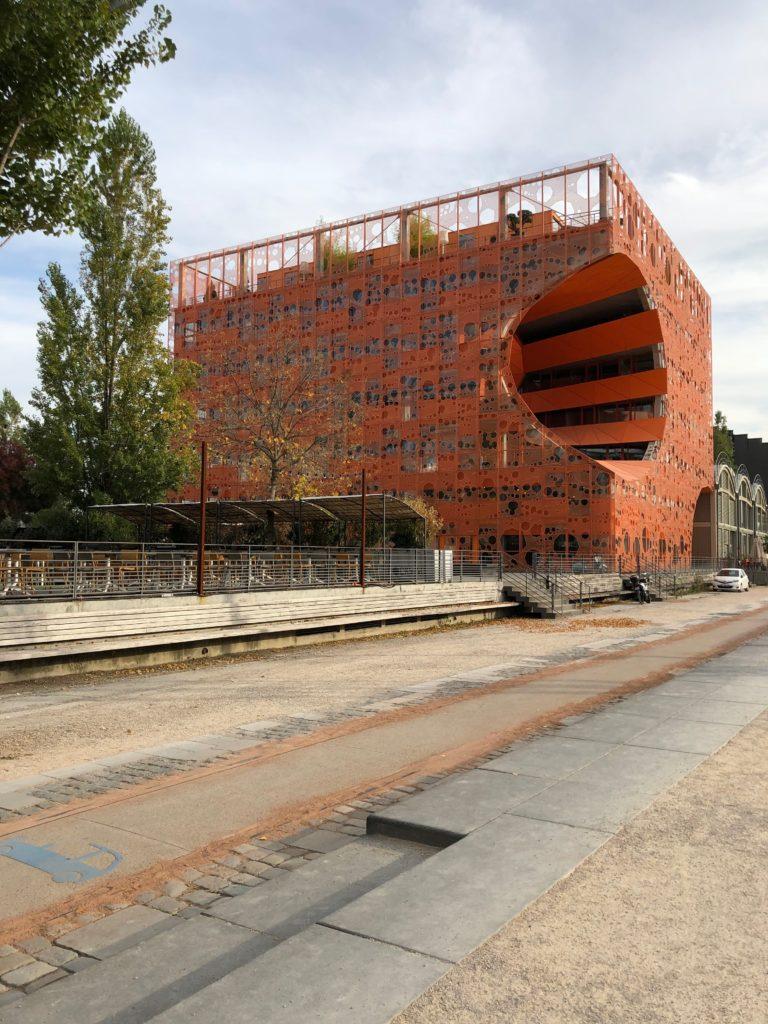 Lione le cube orange