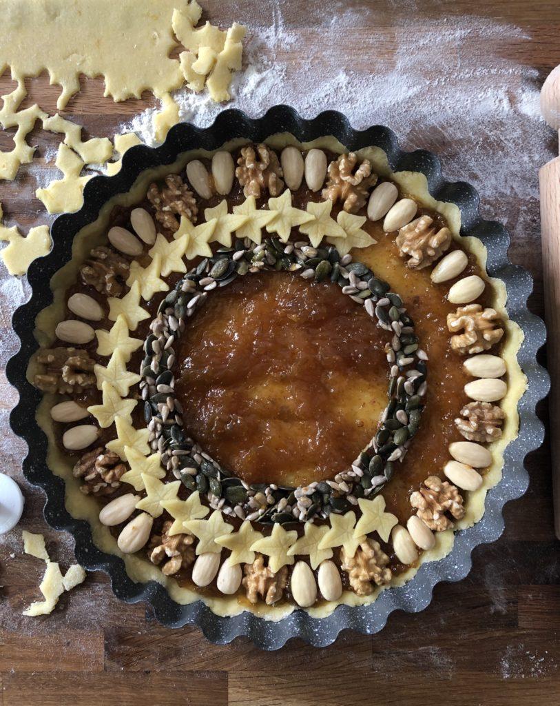 crostata frutta secca e confettura di fichi